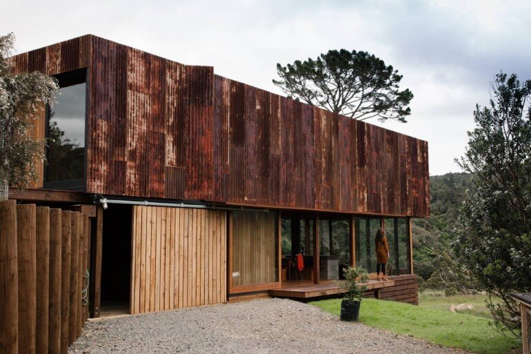 K Valley House - A Retreat for Film Makers by Herbst Architects (8)