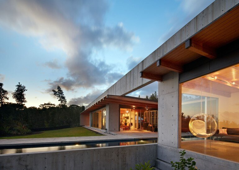 Lavaflow House in Hawaii by Craig Steely Architecture (9)