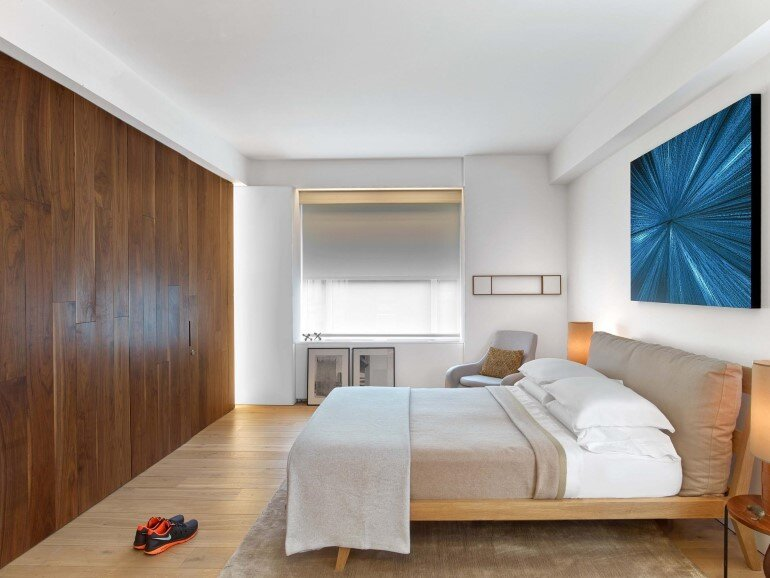 Minimalist Design and Organic Touches in Central Park West Apartment (5)