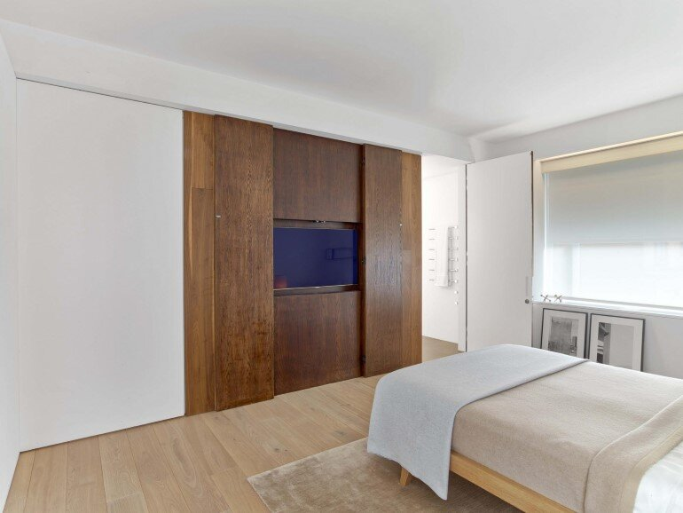 Minimalist Design and Organic Touches in Central Park West Apartment (6)
