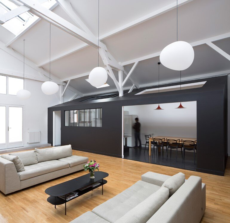 Old Carpentry Transformed into a Light-Filled Loft (17)