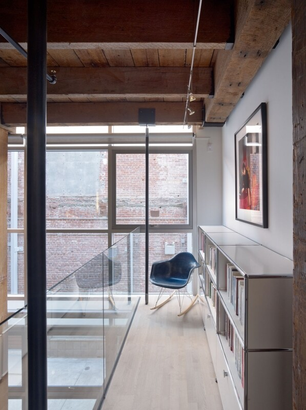 Oriental Warehouse Loft - a Complete Reconfiguration and Renovation of a Loft Apartment (12)