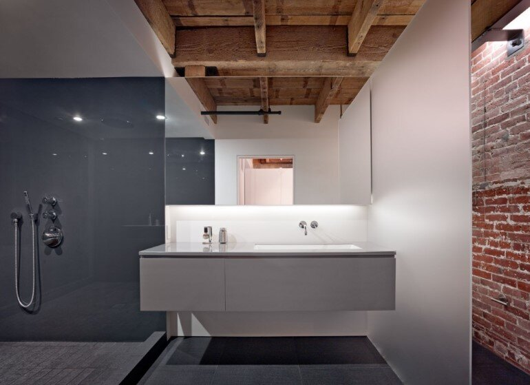 Oriental Warehouse Loft - a Complete Reconfiguration and Renovation of a Loft Apartment (8)