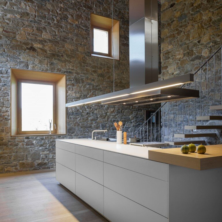 Rebuilding and Extension of the Farmhouse Can Calau (10)