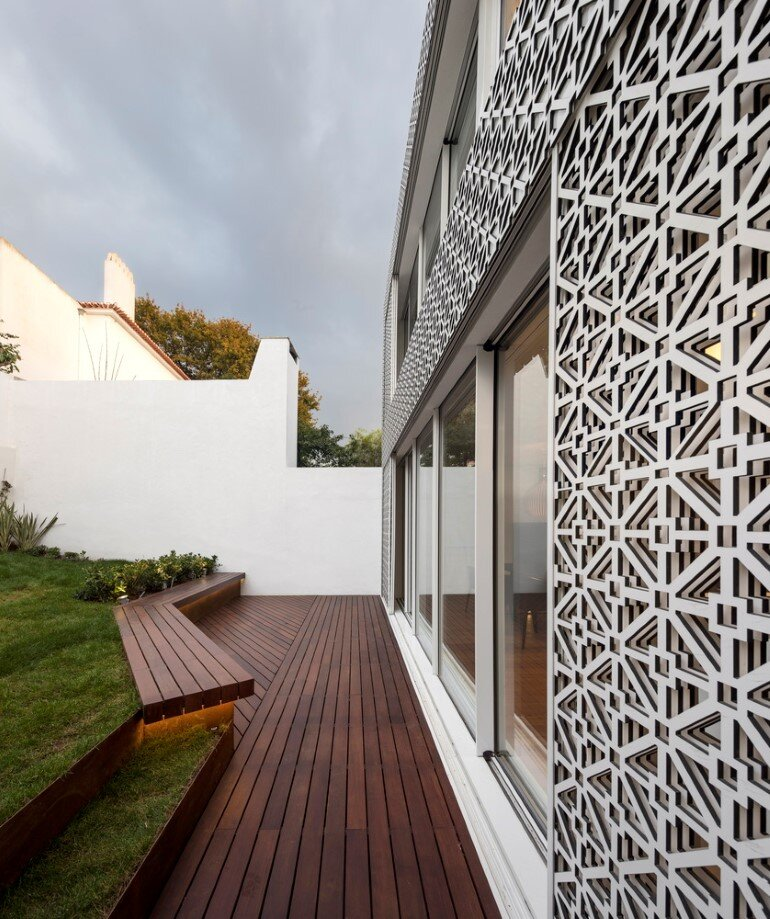 Refurbishment of a Semi-Detached House in Restelo Neighbourhood, in Lisbon (6)