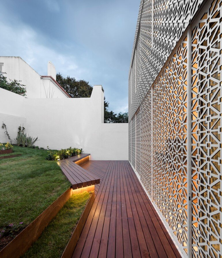 Refurbishment of a Semi-Detached House in Restelo Neighbourhood, in Lisbon (7)