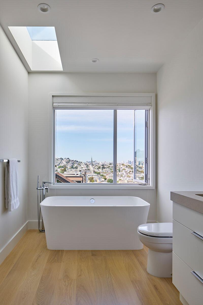 San Francisco House Renovation by YamaMar Design (21)