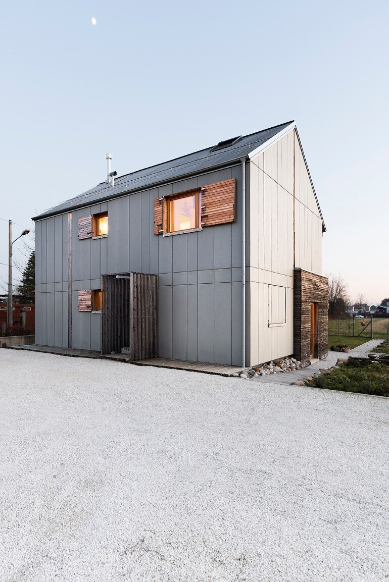 Self-Made House near Milano by Paolo Carlesso (15)