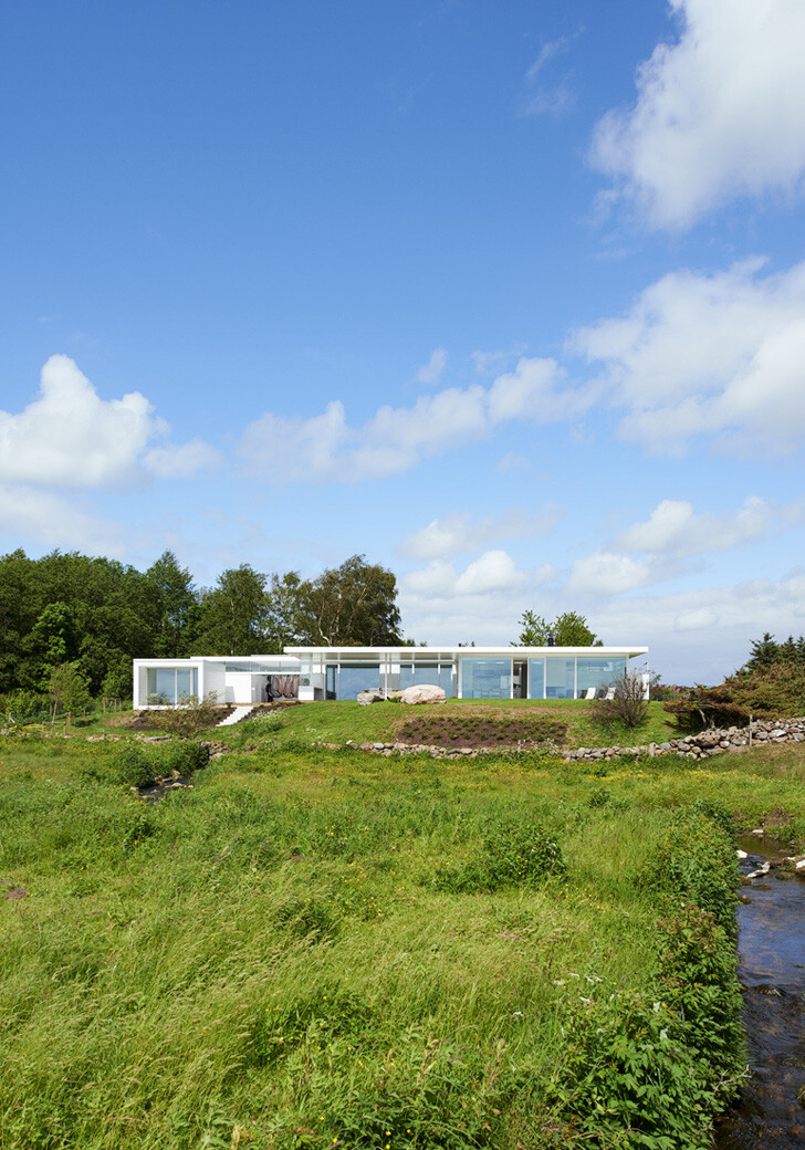 Surfers House on the West Coast of Sweden (15)