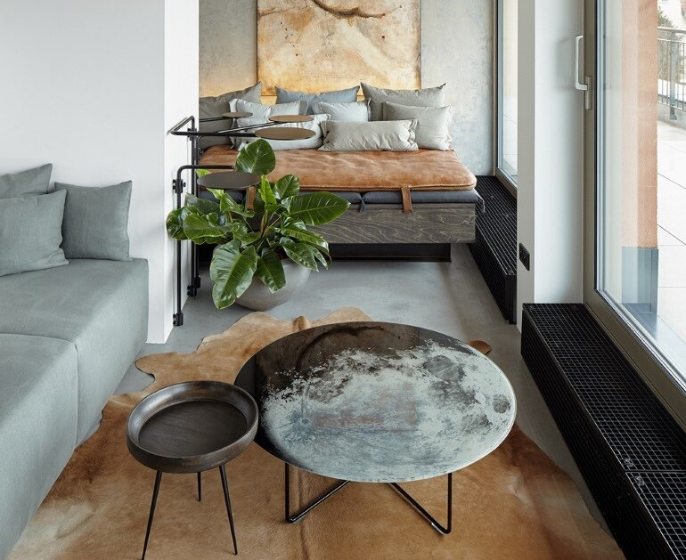 The Loft Hrebenky Combines Rawness and Plenty of Tailor-Made Pieces