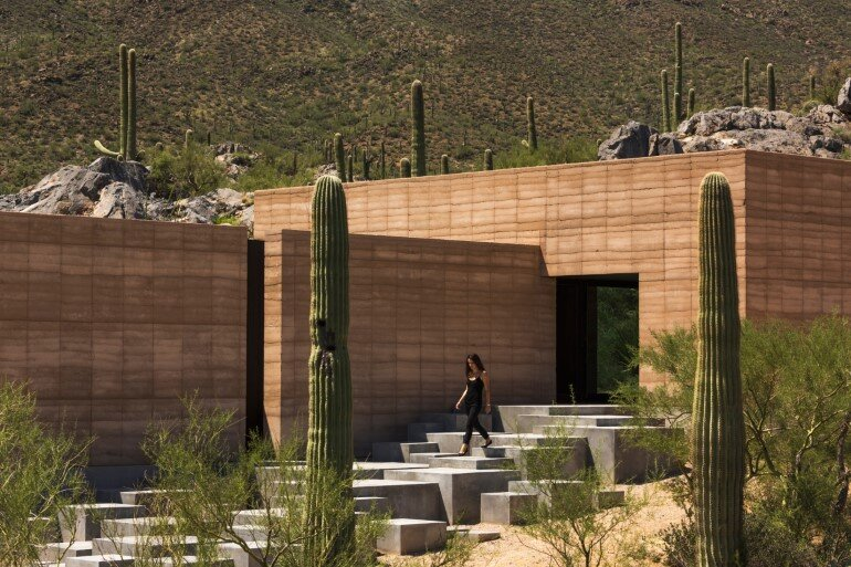 Tucson Mountain Retreat in Sonoran Desert, Arizona (2)