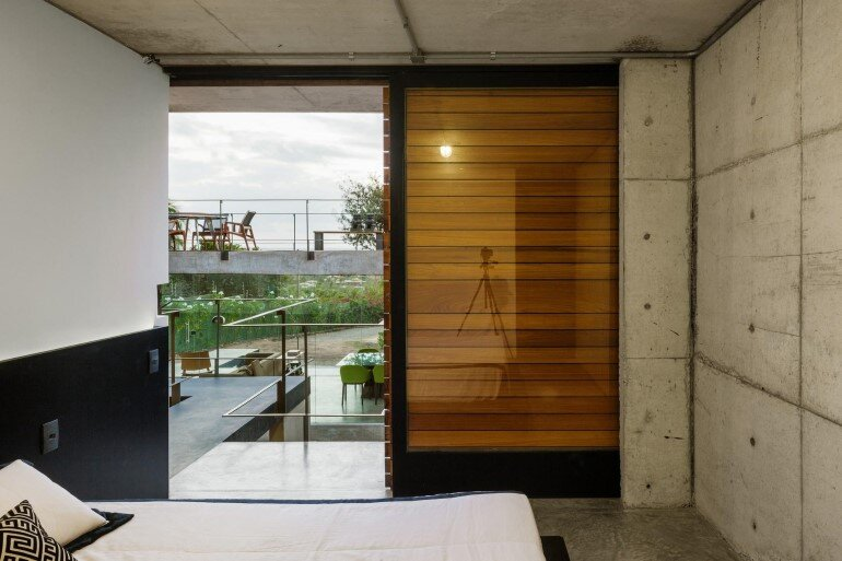 Two Beams House - Wiew, Ventilation and Natural Lighting (11)
