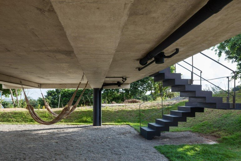 Two Beams House - Wiew, Ventilation and Natural Lighting (3)