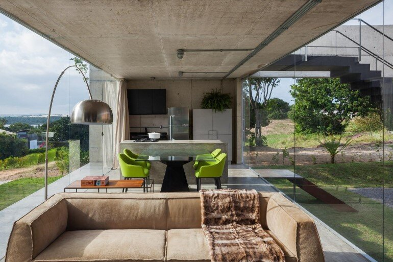 Two Beams House - Wiew, Ventilation and Natural Lighting (9)