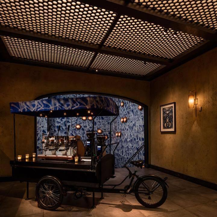 Vandal Restaurant Celebrates Street Art and Street Food (15)