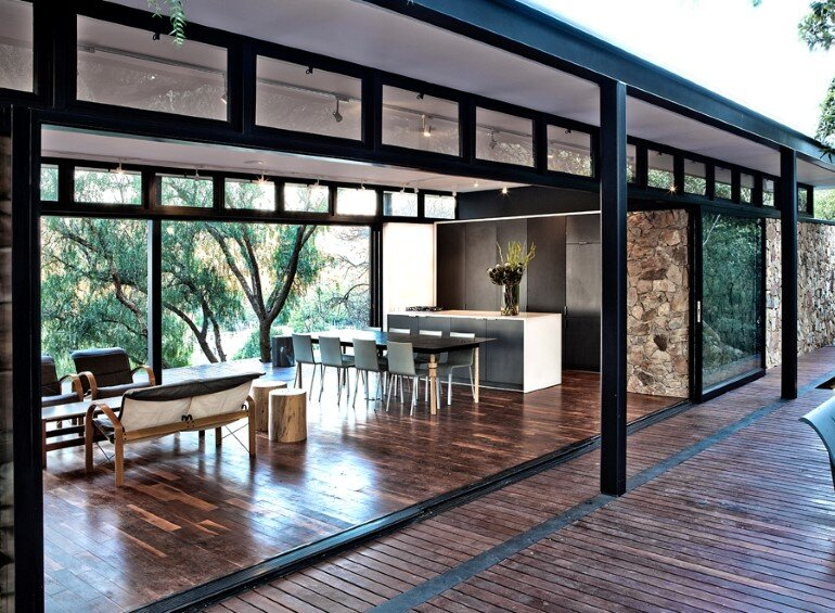 Westcliff Pavilion - Steel-Framed Cottage Located in Johannesburg (4)