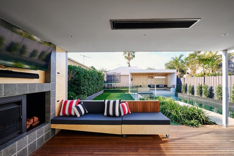 Brighton Bunker - Outdoor Living Space by Dan Gayfer Design (10)