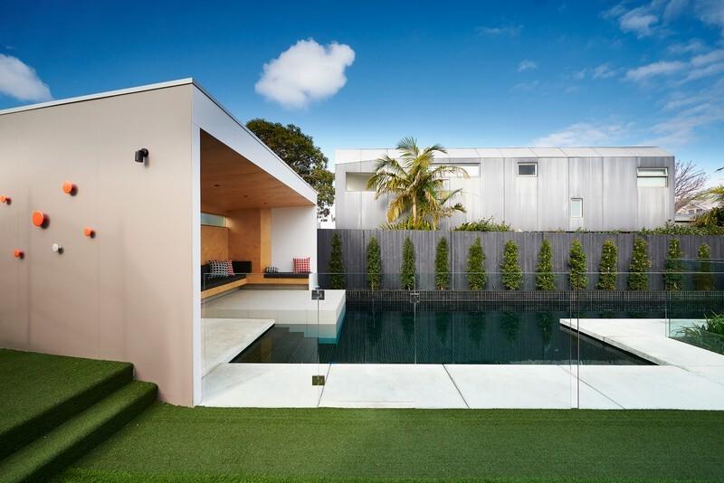 Brighton Bunker - Outdoor Living Space by Dan Gayfer Design (13)