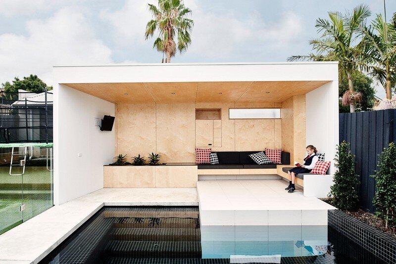 Brighton Bunker - Outdoor Living Space by Dan Gayfer Design (3)