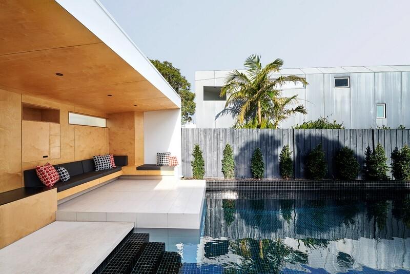 Brighton Bunker - Outdoor Living Space by Dan Gayfer Design (6)