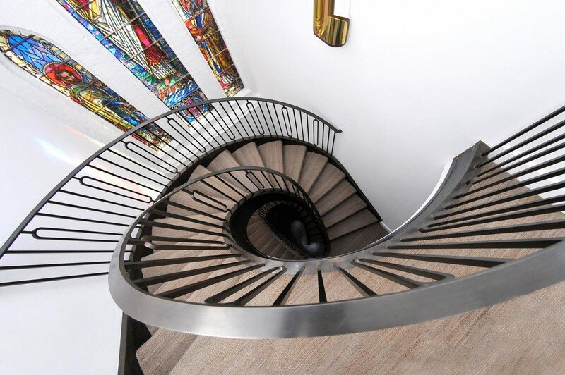 Cantilevered Helical Staircase with Gun Metal Finish (5)