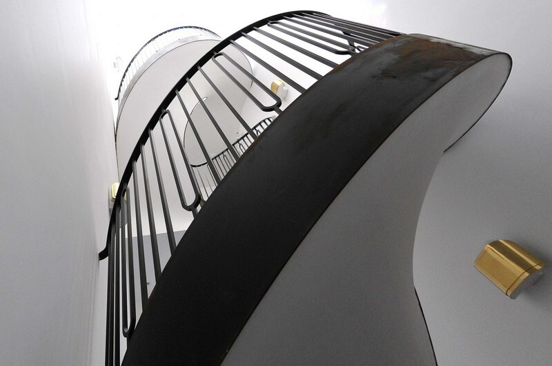 Cantilevered Helical Staircase with Gun Metal Finish (9)