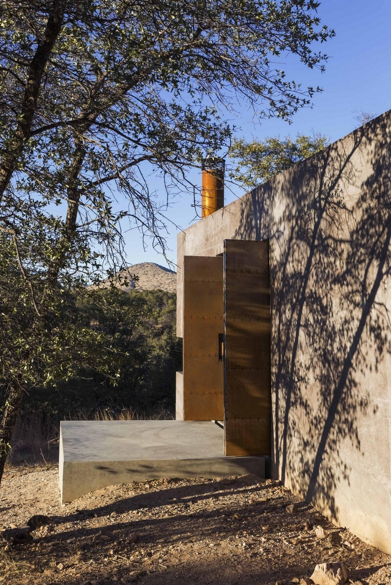 Casa Caldera - Small Shelter in Arizona by DUST (4)