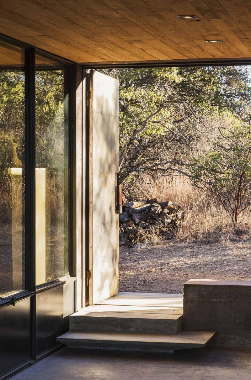 Casa Caldera - Small Shelter in Arizona by DUST (6)
