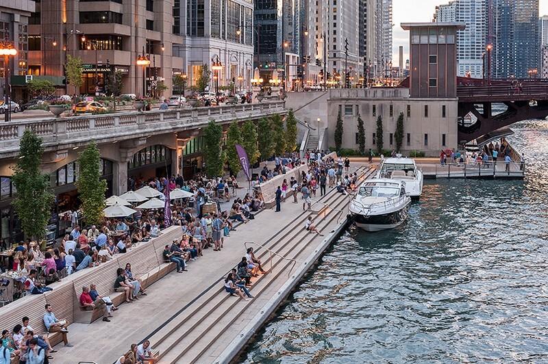 Chicago Riverwalk by Sasaki Associates (1)