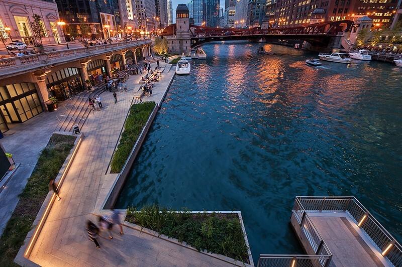 Chicago Riverwalk by Sasaki Associates (10)