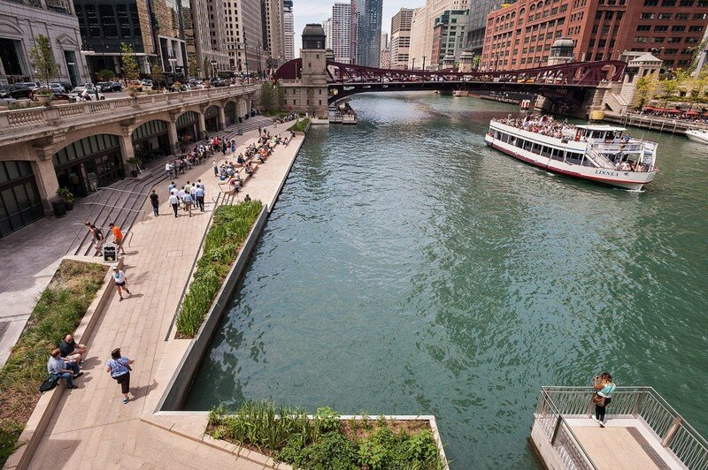 Chicago Riverwalk by Sasaki Associates (16)