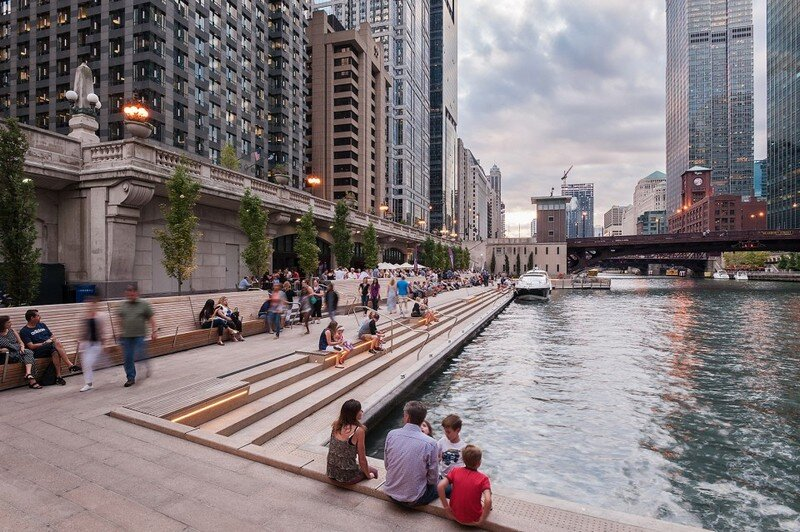 Chicago Riverwalk by Sasaki Associates