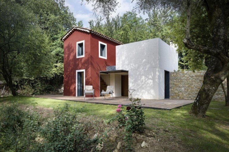Contemporary Rural House by Cyril Chenebeau (1)
