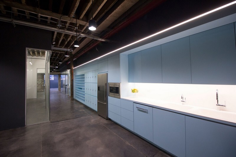Coworkrs Offices - New Life for an Industrial Building in Brooklyn (14)