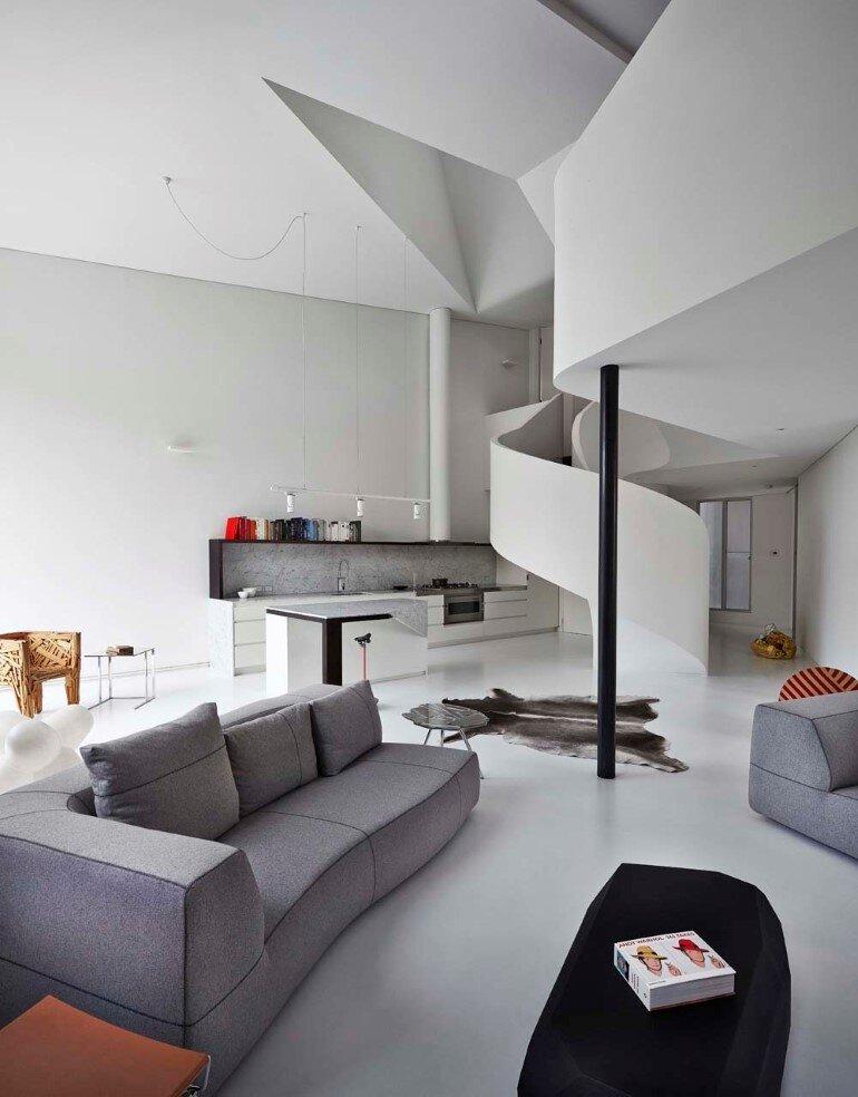 Dramatic Loft Apartment with Curvalicious White Interior (10)