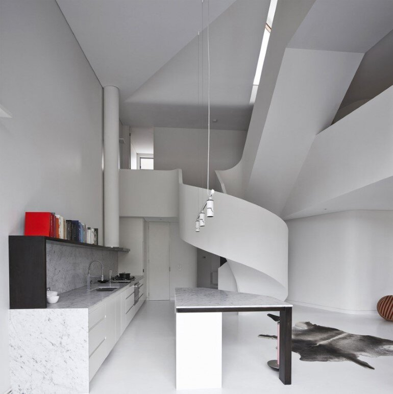 Dramatic Loft Apartment with Curvalicious White Interior (2)