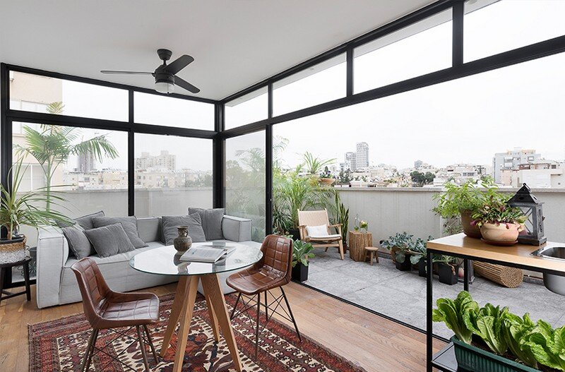 Duplex Apartment in Tel Aviv Fun-ctional Box by K.O.T Project (10)