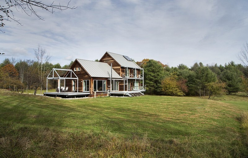 Farmstead passive house in vermont for the modern new for Modern new england home plans
