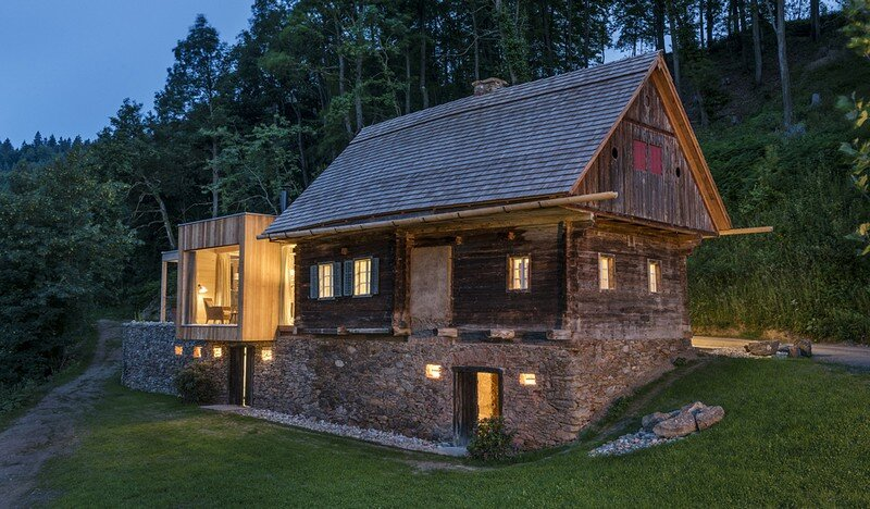 Historical Barn Converted into a Wellness Retreat – Stadl Altenbach