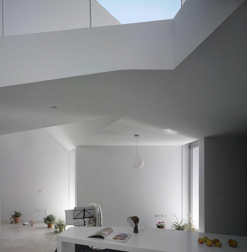 Lude House by Grupo Aranea in Murcia, Spain (3)