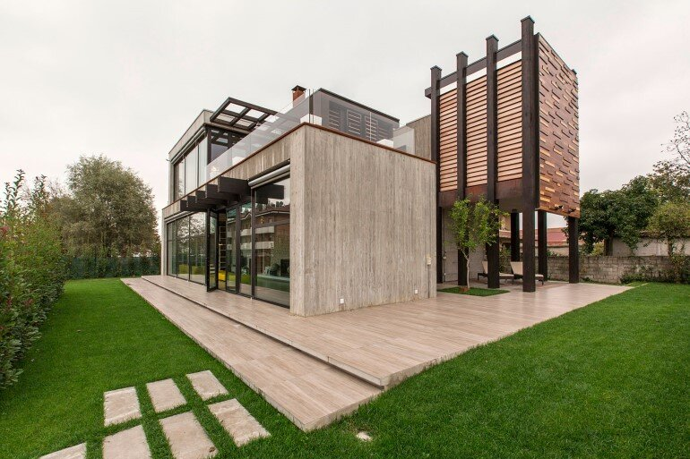 Superb Modern Concrete Block House With Wooden Patio Attached (1)