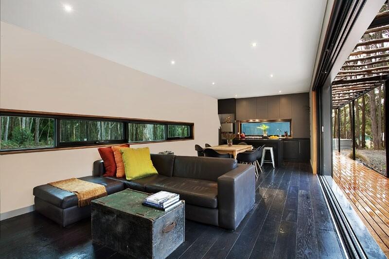 Musk Bunker - Modern Prefab Cabin by Modscape (5)