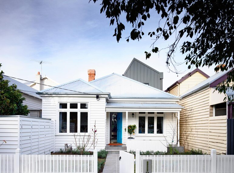 Sandringham House - Double-Fronted Weatherboard Converted into a Cozy Home (18)