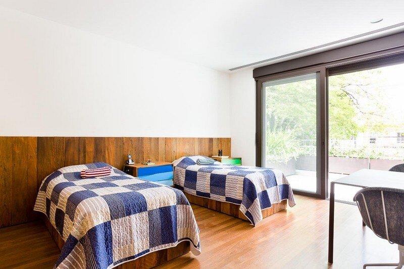 Sao Paulo Residence by Pascali Semerdjian Architects (8)