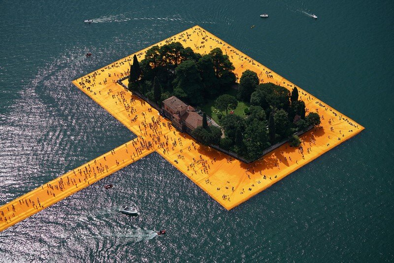 The Floating Piers - A 3 Kilometer-long Walkway Across the Water of Lake Iseo (10)