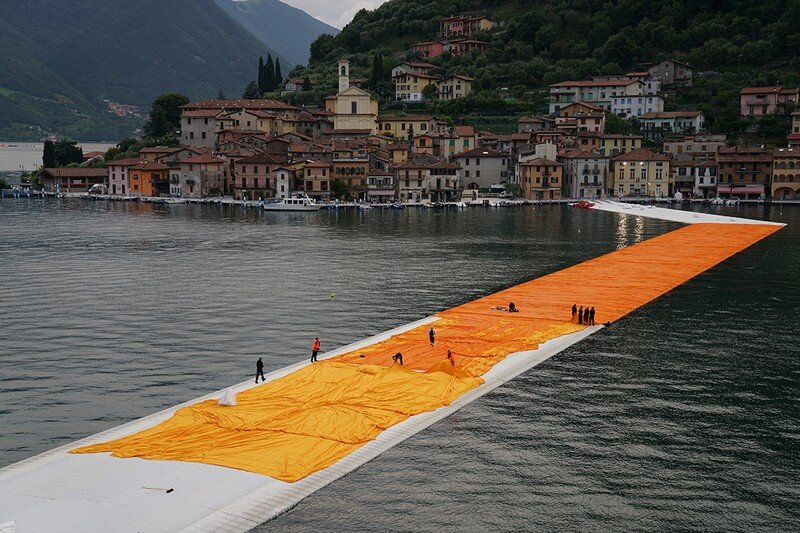 The Floating Piers - A 3 Kilometer-long Walkway Across the Water of Lake Iseo (15)