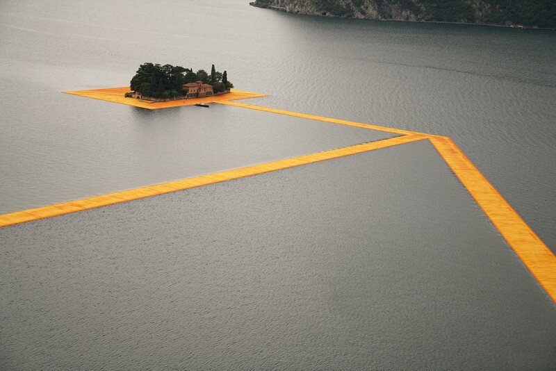 The Floating Piers - A 3 Kilometer-long Walkway Across the Water of Lake Iseo (16)