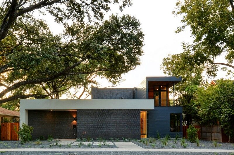 This Austin House Enables a Flexible Lifestyle (1)
