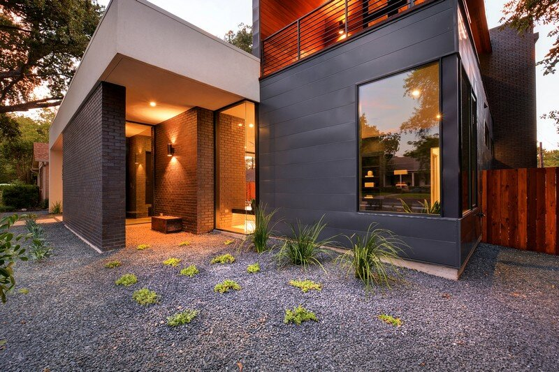 This Austin House Enables a Flexible Lifestyle (3)