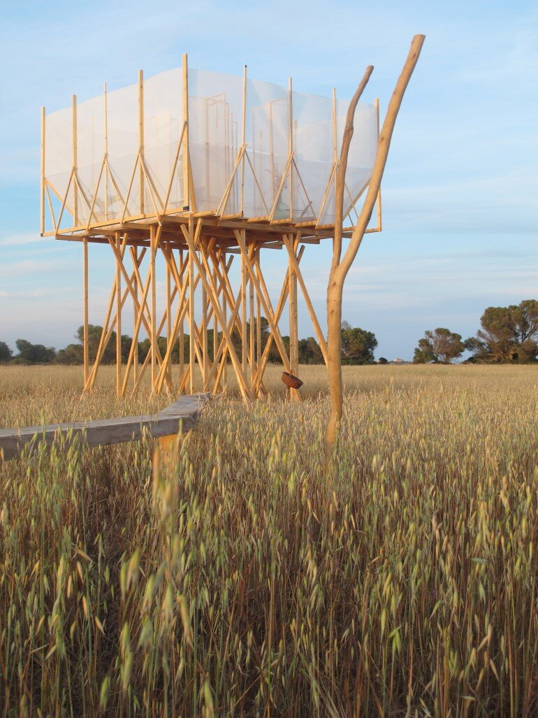 This Wooden Tower is a Space for Grooming, Contemplation and Delicacy (6)